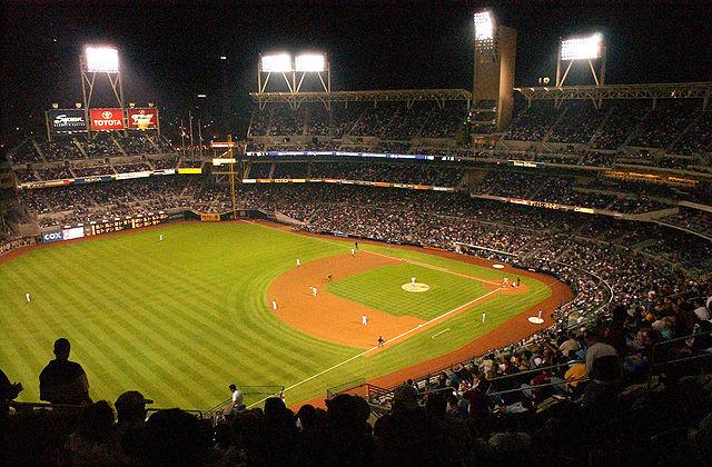 640px-Baseball_diamond_marines
