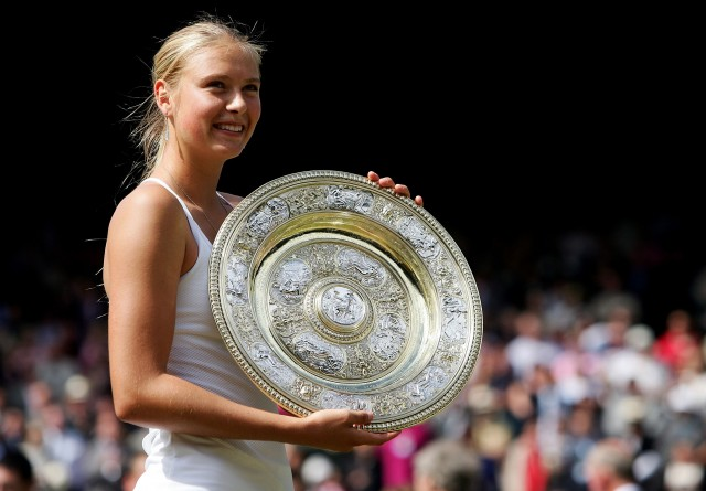 Maria Sharapova with her Wimbledon trophy