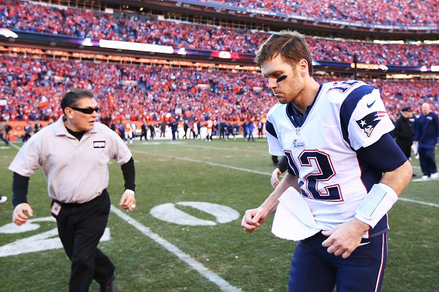 NFL: 5 Greatest Passing Quarterbacks of All Time