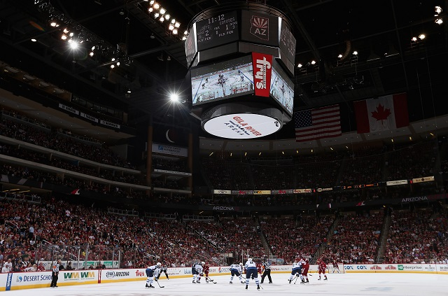 Christian Petersen/Getty ImagesGLENDALE, AZ - OCTOBER 09: General view of action between the Arizona Coyotes and the Winnipeg Jets during the NHL game at Gila River Arena on October 9, 2014 in Glendale, Arizona. The Jets defeated the Coyotes 6-2. (Photo by Christian Petersen/Getty Images)