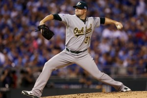 MLB Hot Stove: 5 Things the Oakland A's Need to Contend in 2015