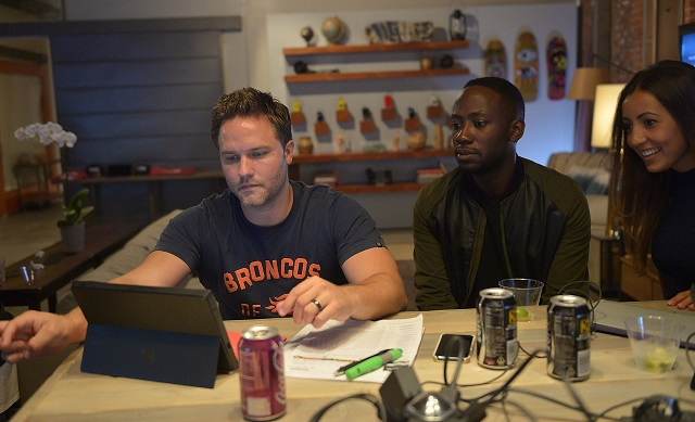 VENICE, CA - SEPTEMBER 02: Actors Scott Porter (L) and Lamorne Morris (C) make their pick during The Microsoft Entertainment Fantasy Football Draft at The Microsoft Lounge on September 2, 2014 in Venice, California.