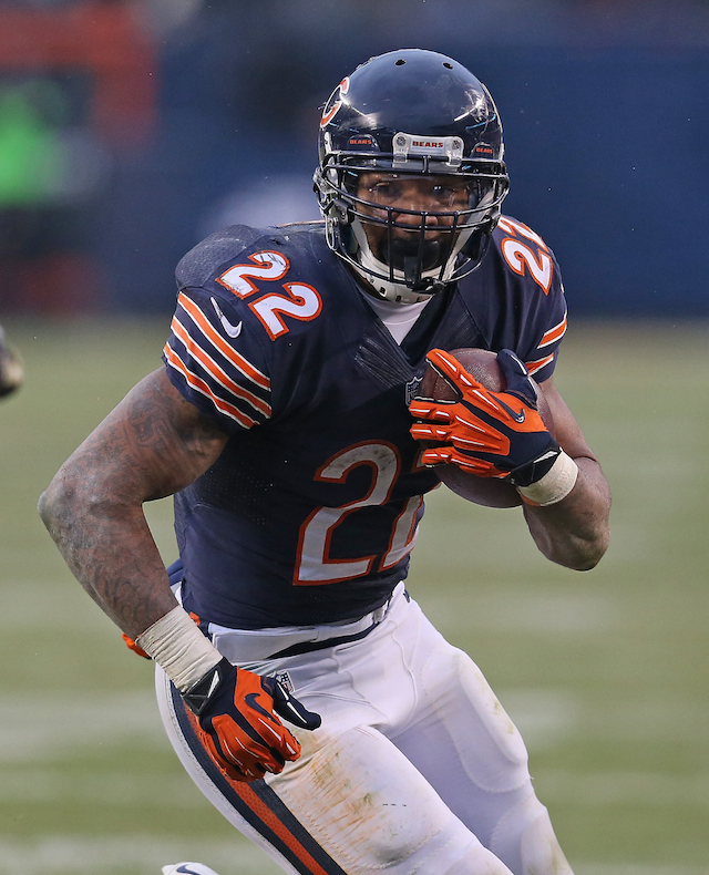 Jonathan Daniel/Getty ImagesCHICAGO, IL - NOVEMBER 16: at Soldier Field on October 19, 2014 in Chicago, Illinois. The Bears defeated the Vikings 21-13. (Photo by Jonathan Daniel/Getty Images)