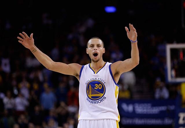 Stephen Curry celebrates