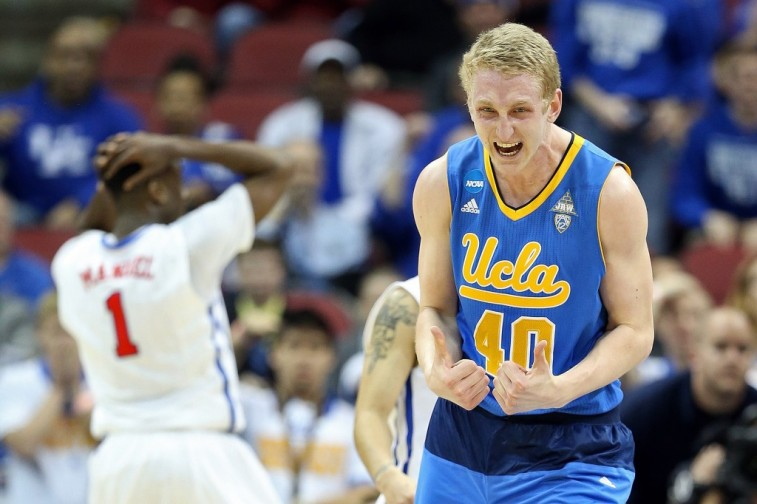 Thomas Welsh reacts during NCAA tournament