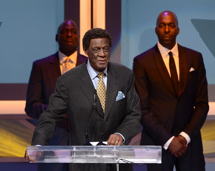Elgin Baylor speaks to the audience during an NBA event.