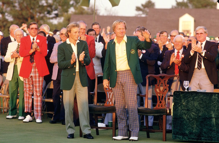 Jack Nicklaus waves to onlookers after winning the 1986 Masters.