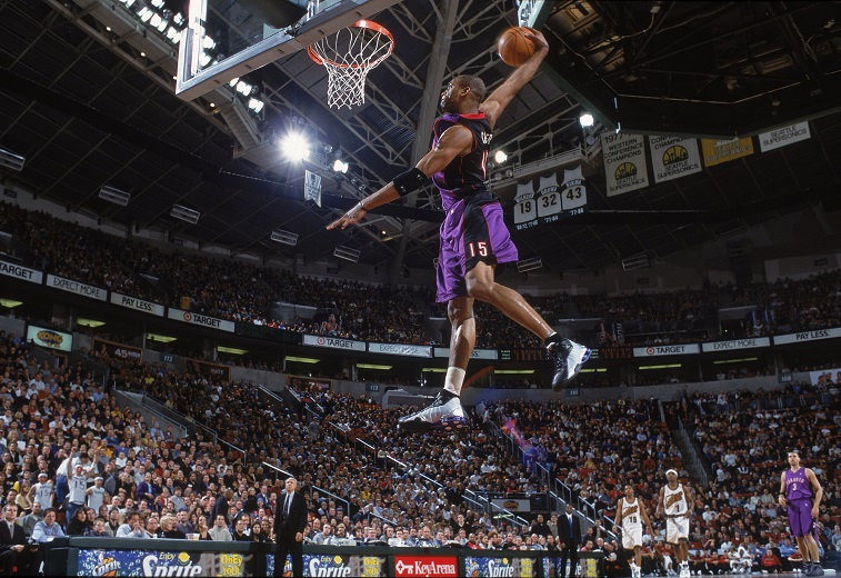 Vince Carter shows off his mad dunk skills.