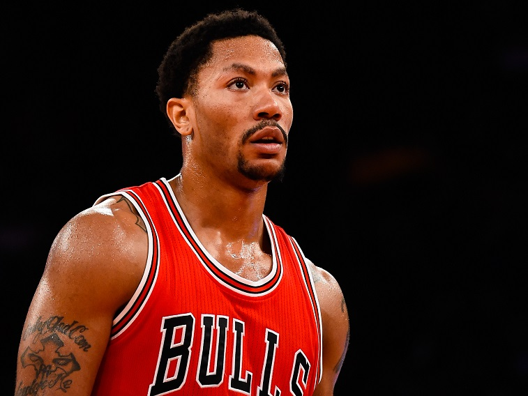 Derrick Rose banked a game-winner against LeBron and the Cavs | Alex Goodlett/Getty Images