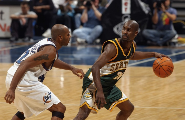 Gary Payton attempts to get to the basket.