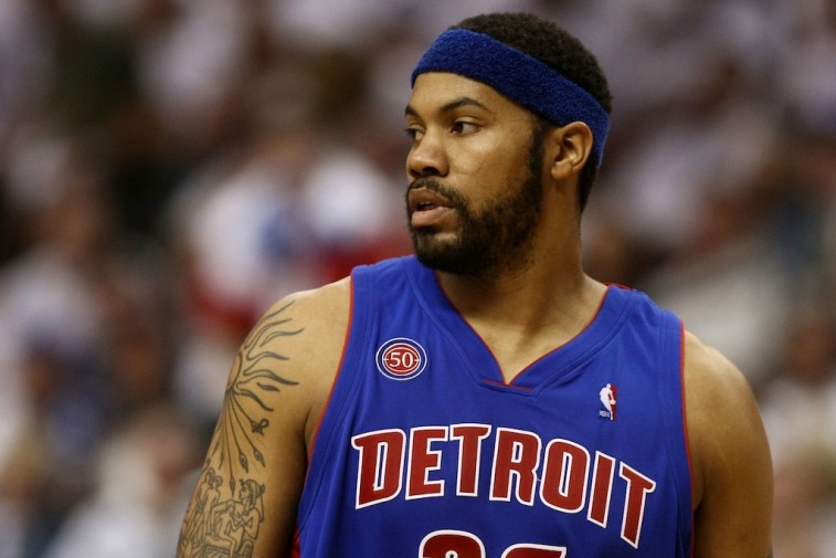 Rasheed Wallace in his Detroit Pistons uniform during a game.