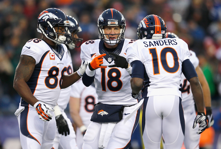 Peyton Manning directs Thomas and Sanders