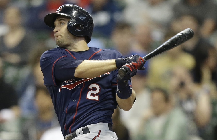 Brian Dozier hits a first inning home run