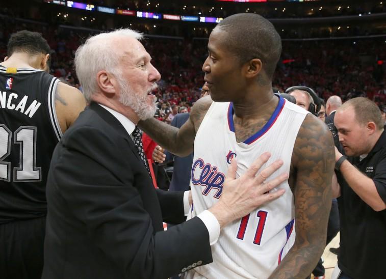 Gregg Popovich congratulates Jamal Crawford