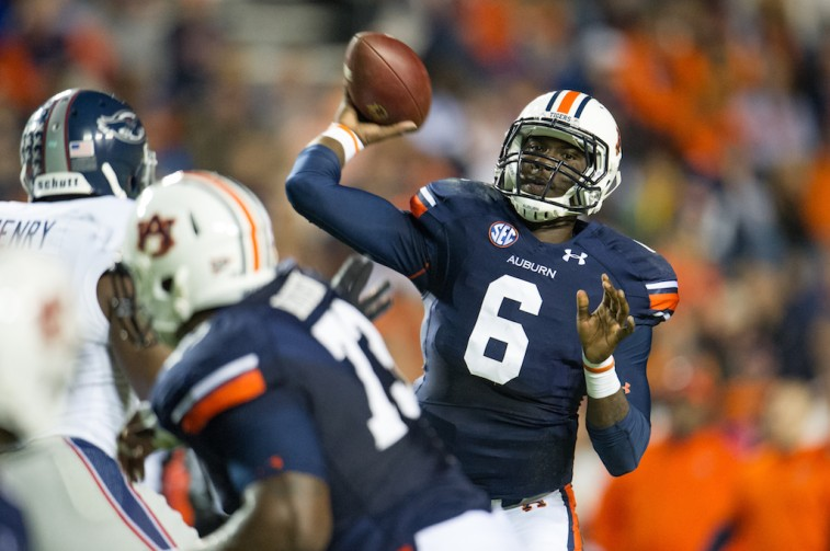 Jeremy Johnson throws against Florida Atlantic