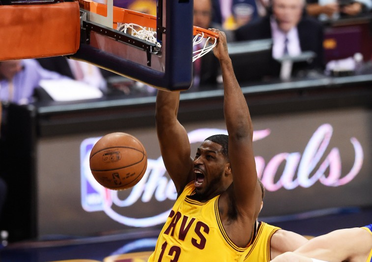 Tristan Thompson with the putback dunk in the NBA Finals