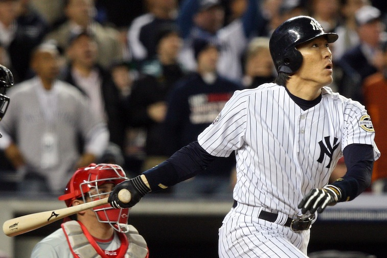 Hideki Matsui gets a hit in the World Series