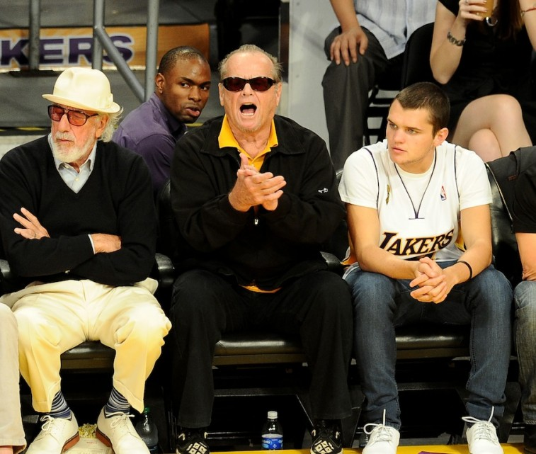 Jack Nicholson cheers on the Los Angeles Lakers