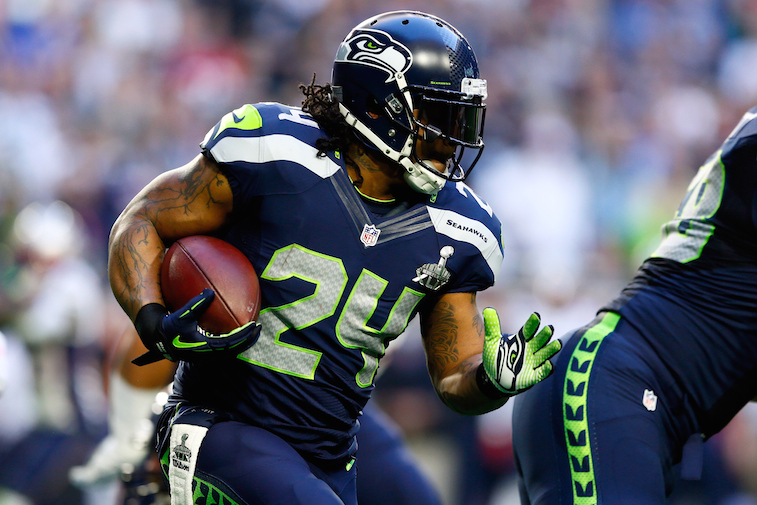 Marshawn Lynch runs in the Super Bowl