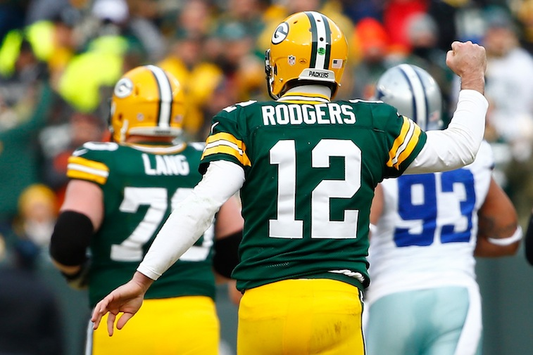 Aaron Rodgers fist pumps against the Cowboys