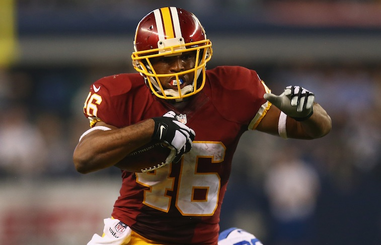 Alfred Morris runs against the Cowboys