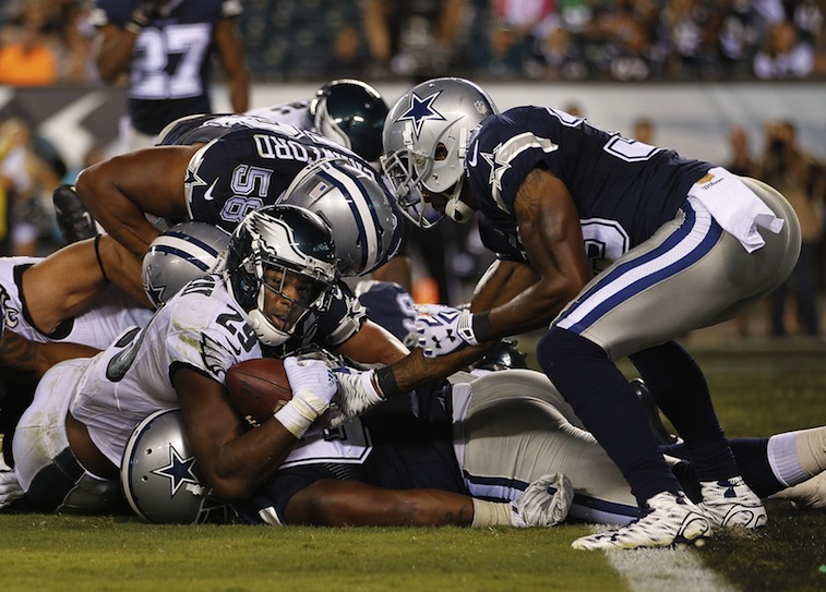 DeMarco Murray tackled short of the goal line