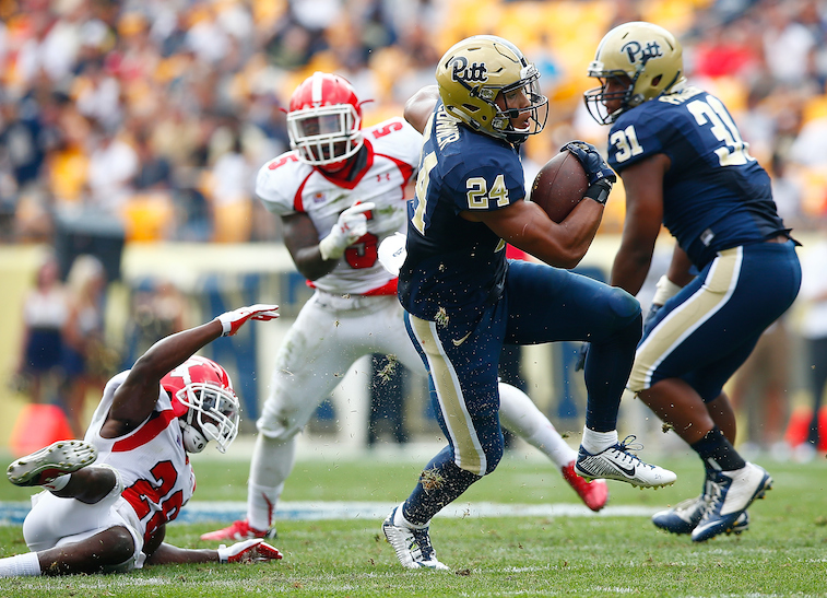 James Conner runs against Youngstown State