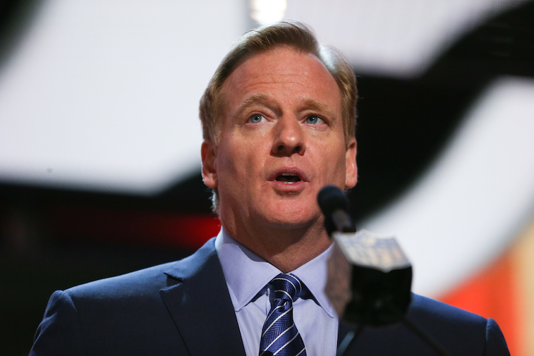 NFL Commissioner Roger Goodell addresses the attendees at the NFL draft | Jonathan Daniel/Getty Images