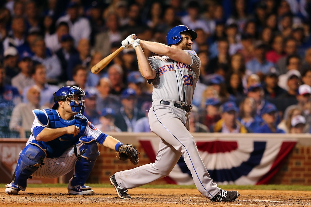 Daniel Murphy hits a home run during Game 4 of the 2015 NLCS
