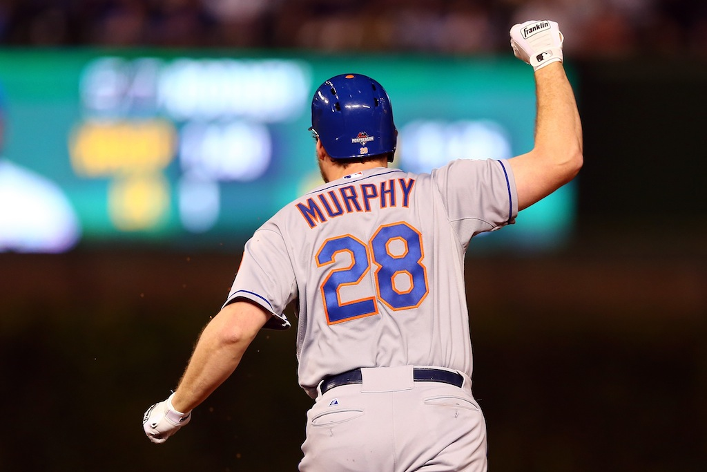 Daniel Murphy rounds the bases