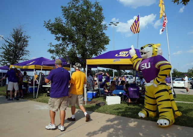 LSU fans host an epic tailgate.