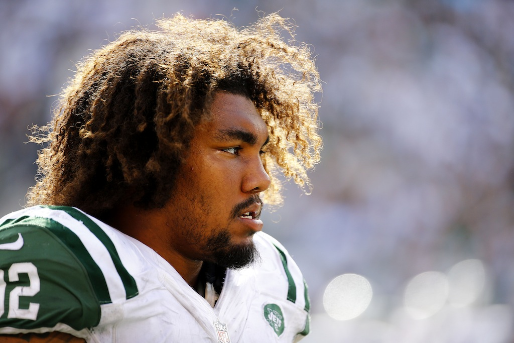 Leonard Williams looks on during a game against the Eagles