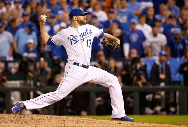Wade Davis pitches in the ALCS.