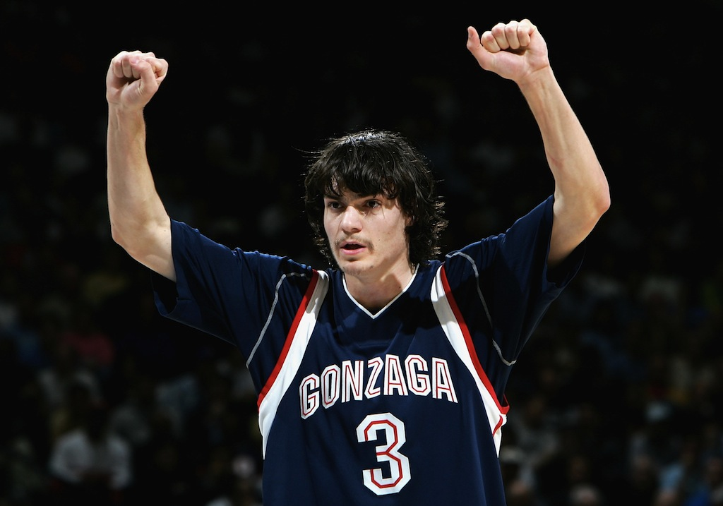 Adam Morrison calls out a play during a game against UCLA