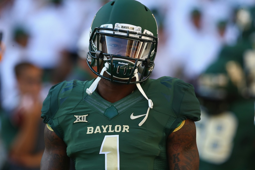 Corey Coleman prepares for a game against Lamar