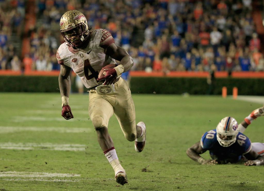 Dalvin Cook runs for a touchdown