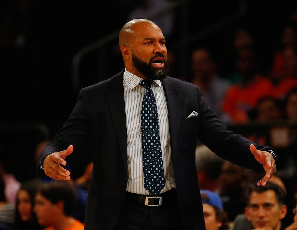 Knicks coach Derek Fisher argues a call during a game against the Hawks