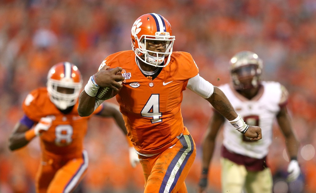 Deshaun Watson makes a play against Florida State