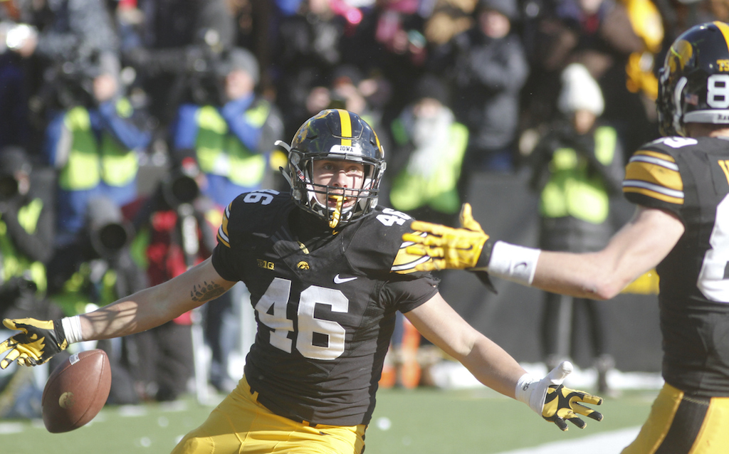 George Kittle #46 celebrates after a touchdown