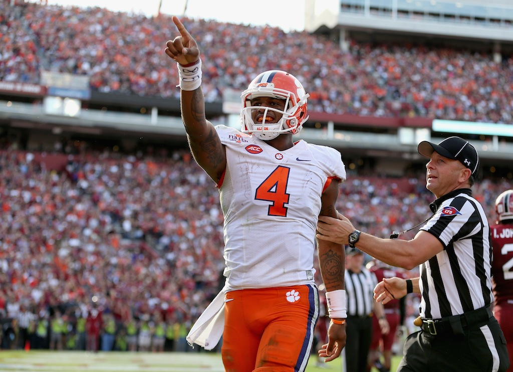 Deshaun Watson points to the crowd after a Clemson touchdown