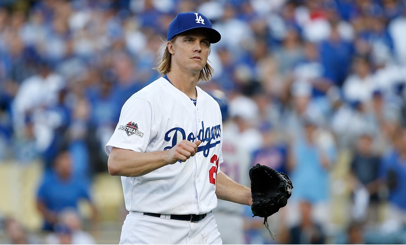 Zack Greinke prepares to pitch.