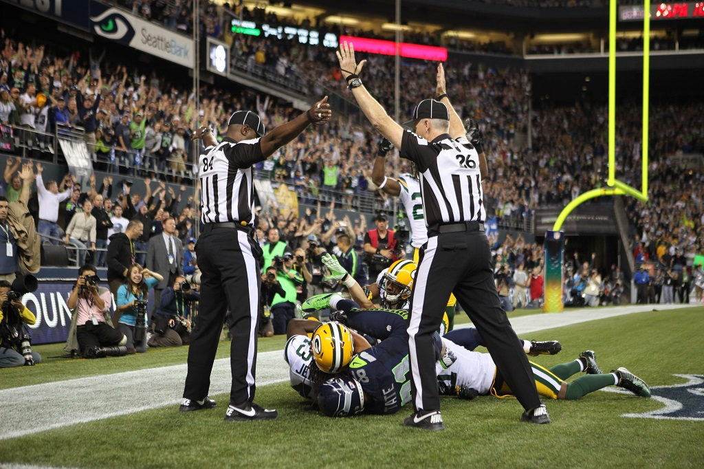 SEATTLE, WA - SEPTEMBER 24:  Wide receiver Golden Tate #81 of the Seattle Seahawks makes a catch in the end zone to defeat the Green Bay Packers on a controversial call by the officials at CenturyLink Field on September 24, 2012 in Seattle, Washington
