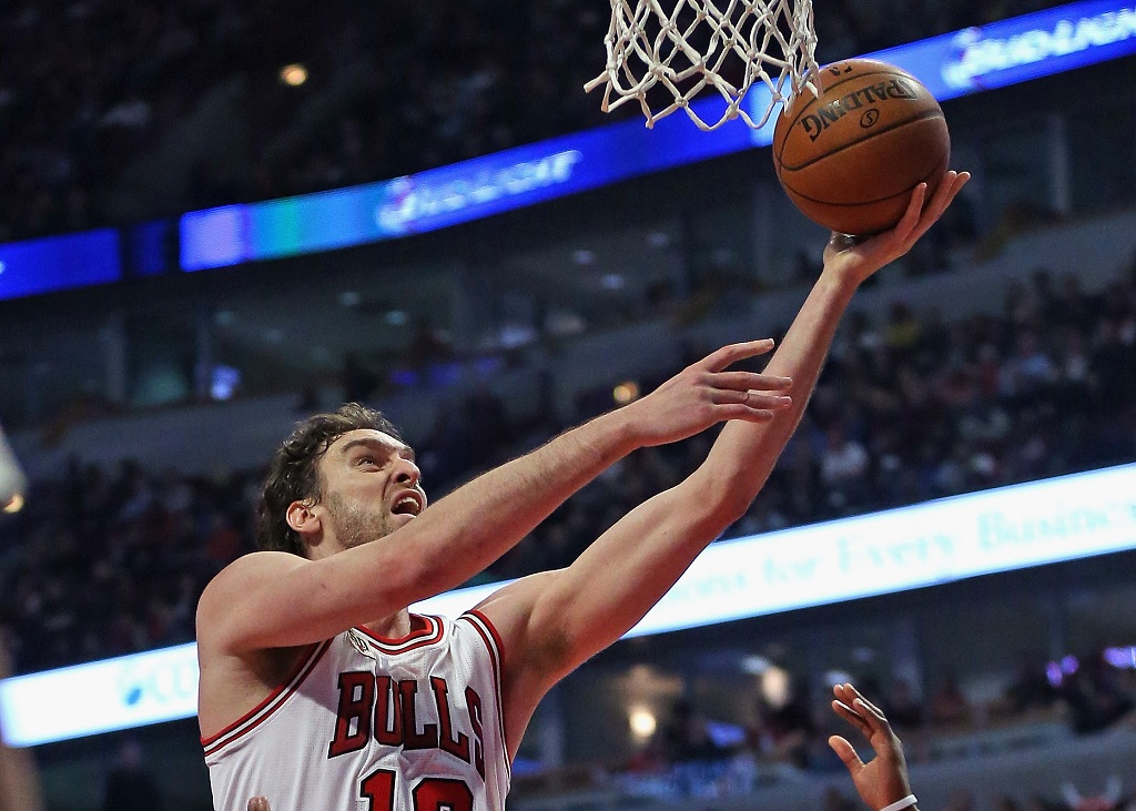 CHICAGO, IL - DECEMBER 02: at the United Center on December 2, 2015 in Chicago, Illinois. The Bulls defeated the Nuggets 99-90. Note to User: User expressly acknowledges and agrees that, by downloading and or using the photograph, User is consenting to the terms and conditions of the Getty Images License Agreement.