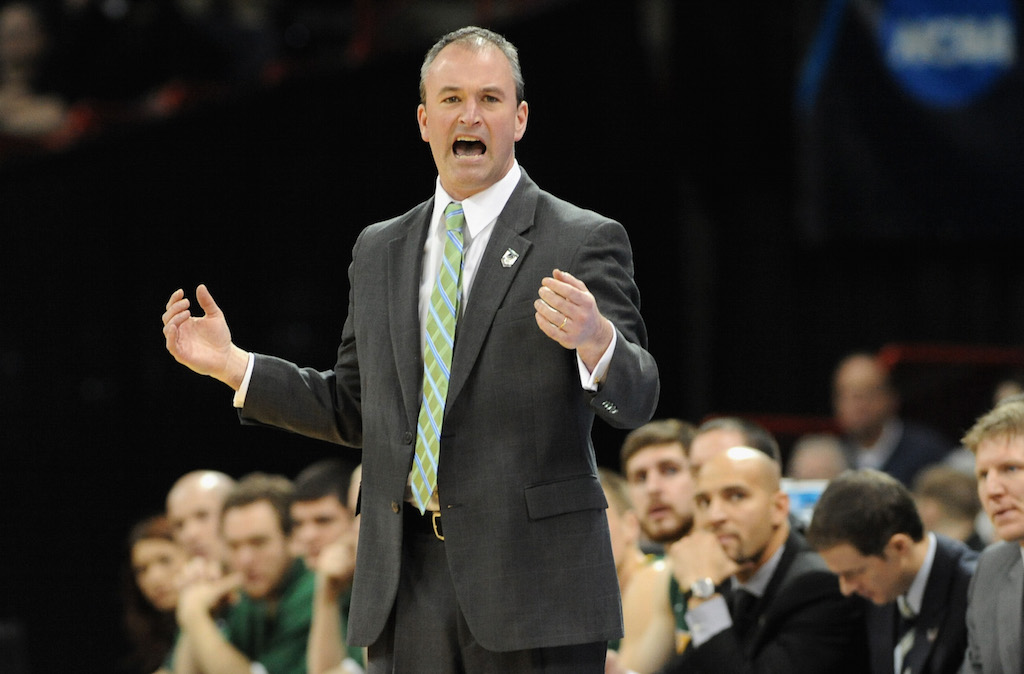 Saul Phillips coaching his North Dakota State team
