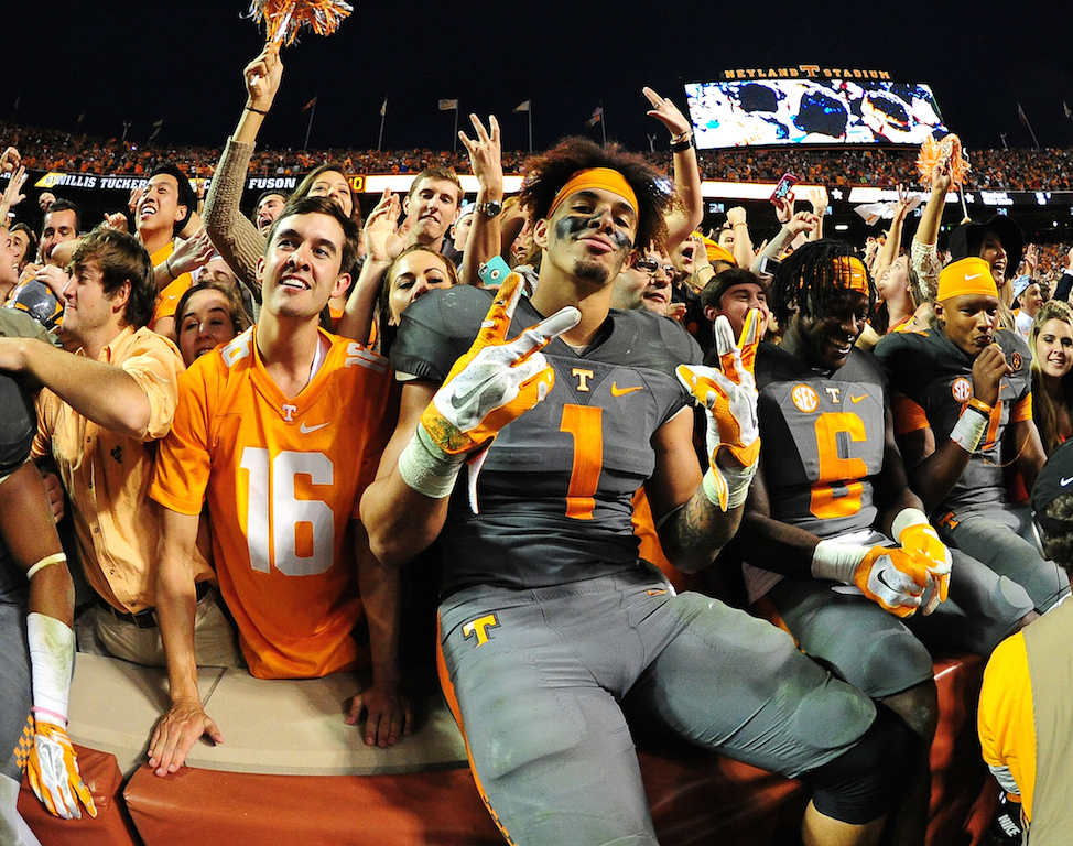 Jalen Hurd #1 of the Tennessee Volunteers celebrates after the game against the Georgia Bulldogs