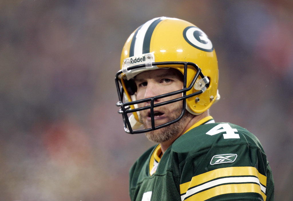 Brett Favre focusing during a game.