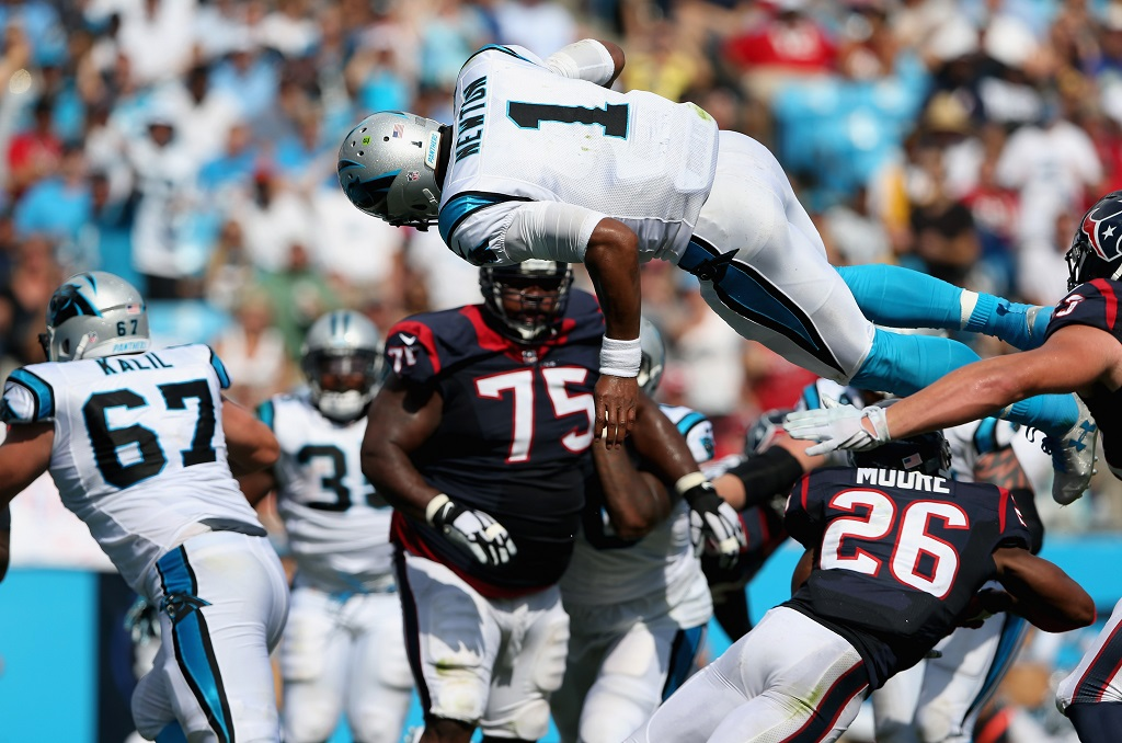 during their game at Bank of America Stadium on September 20, 2015 in Charlotte, North Carolina.