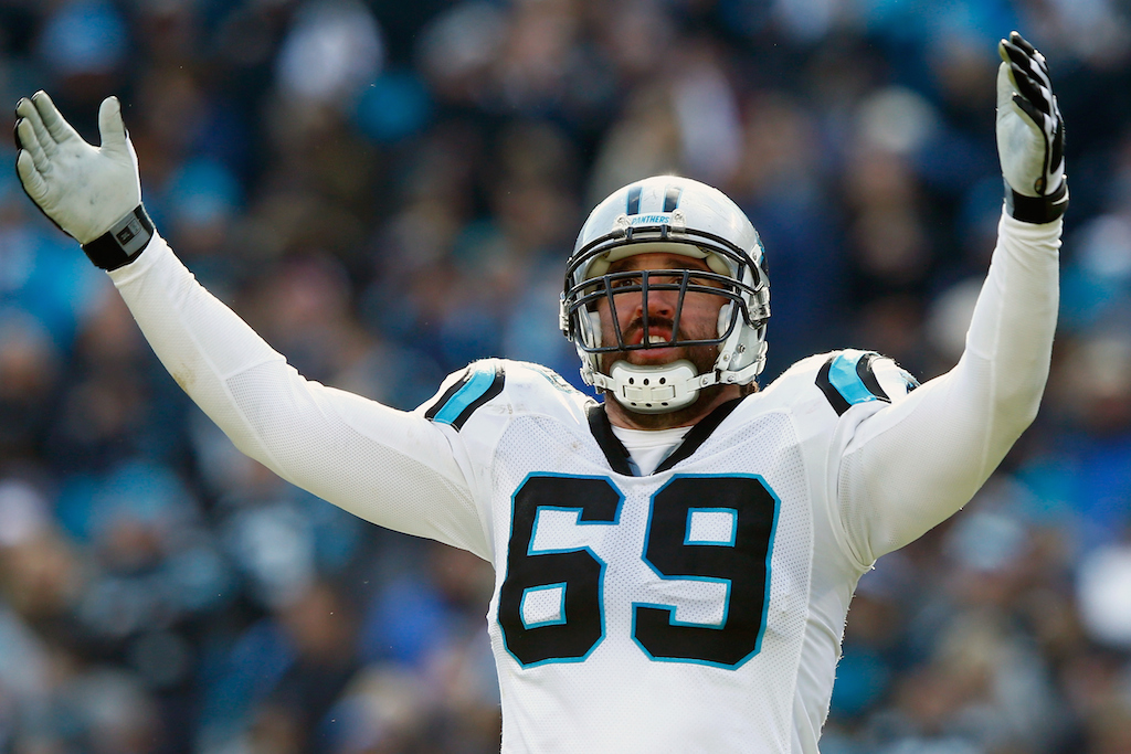 Jared Allen celebrates during Divisional Round against Seattle