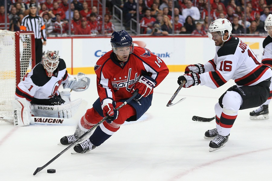 Justin Williams #14 of the Washington Capitals playing a NHL game