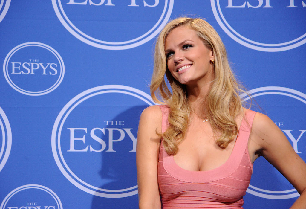 Model Brooklyn Decker poses in press room during the 2010 ESPY Awards